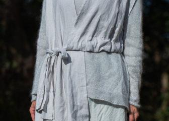 light-linen-ancient-vest